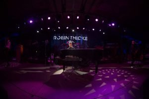 unbridled-eve-robin-thicke-9-1024x683